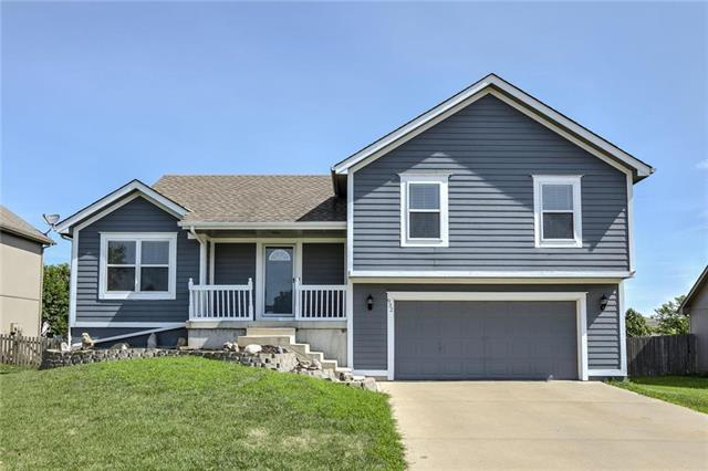 932 E Pumpkin Ridge Street, Gardner, KS 66030 (#2176881) :: Team Real Estate