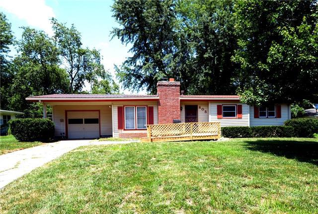805 E Clark Street, Warrensburg, MO 64093 (#2176949) :: Eric Craig Real Estate Team