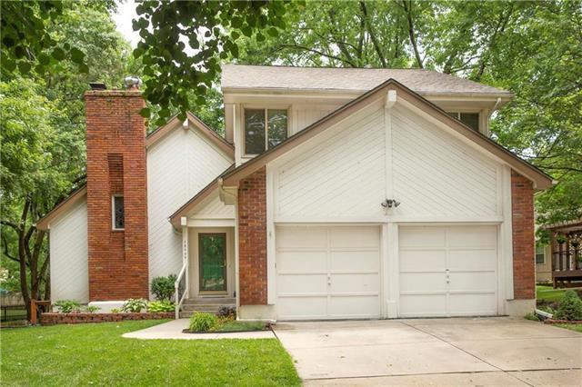 15309 W 89th Terrace, Lenexa, KS 66219 (#2176980) :: Team Real Estate