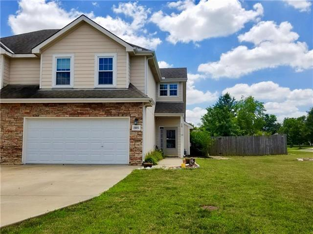 2105 E 25 Court, Lawrence, KS 66046 (#2177030) :: Edie Waters Network