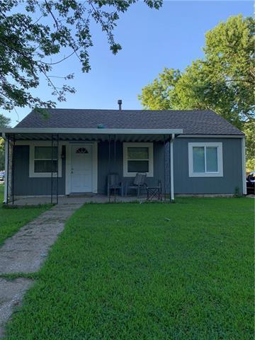 5026 Oak Grove Road, Kansas City, KS 66106 (#2177051) :: Edie Waters Network