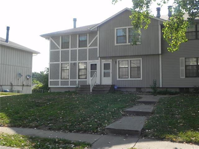 500 NW 3rd Street, Blue Springs, MO 64014 (#2177060) :: Edie Waters Network