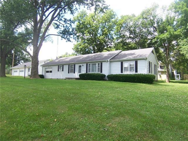 302 S 6th Street, Mound City, KS 66056 (#2177131) :: Team Real Estate