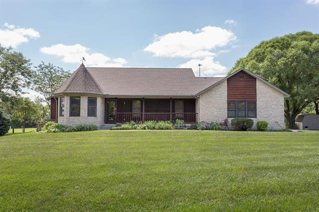 1743 N 600 Road, Baldwin City, KS 66006 (#2177159) :: Edie Waters Network