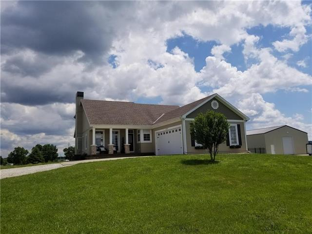12901 E 244th Road, Peculiar, MO 64078 (#2177188) :: Edie Waters Network