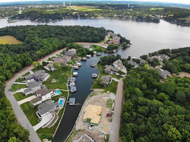 404 Southshore Drive, Lake Winnebago, MO 64034 (#2177235) :: Eric Craig Real Estate Team
