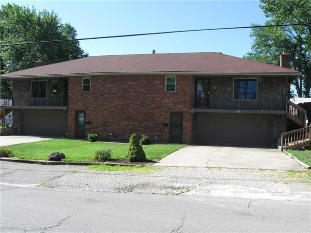 1713 Tc Lea Road, Independence, MO 64050 (#2177278) :: Clemons Home Team/ReMax Innovations