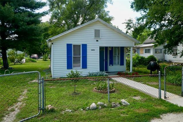 6506 Sherman Street, St Joseph, MO 64504 (#2177284) :: Clemons Home Team/ReMax Innovations