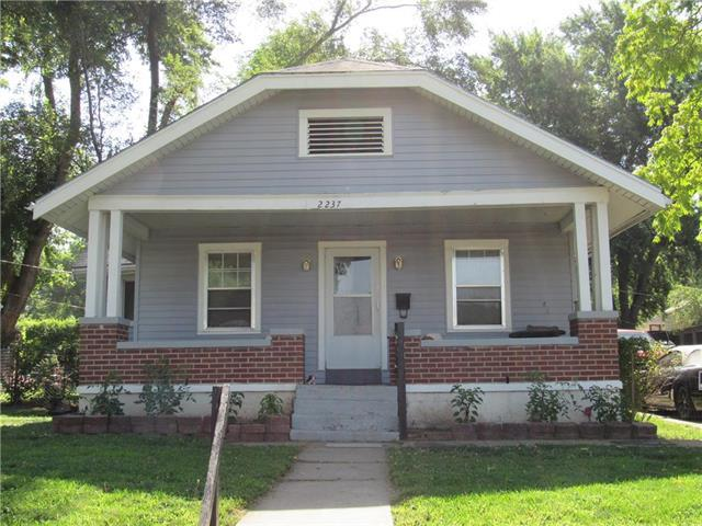 2237 Drury Avenue, Kansas City, MO 64127 (#2177398) :: No Borders Real Estate