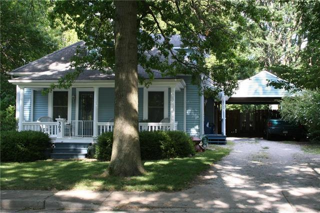 305 Spring Avenue, Liberty, MO 64068 (#2177461) :: Clemons Home Team/ReMax Innovations