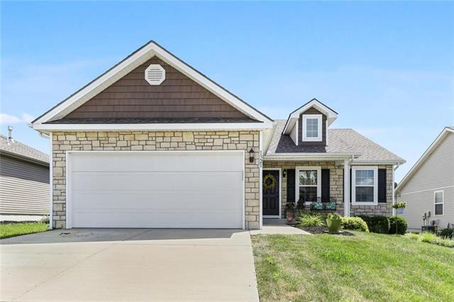 1321 SW Stanfield Road, Lee's Summit, MO 64083 (#2177519) :: Clemons Home Team/ReMax Innovations