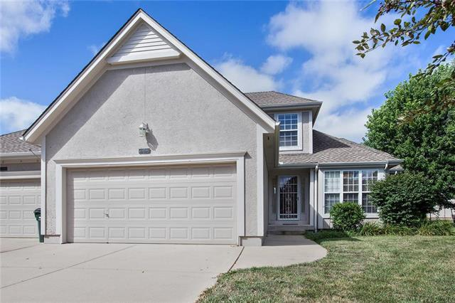 14858 Newton Street, Overland Park, KS 66223 (#2177570) :: Clemons Home Team/ReMax Innovations
