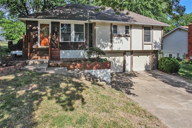 8920 N Walnut Street, Kansas City, MO 64155 (#2177577) :: Dani Beyer Real Estate
