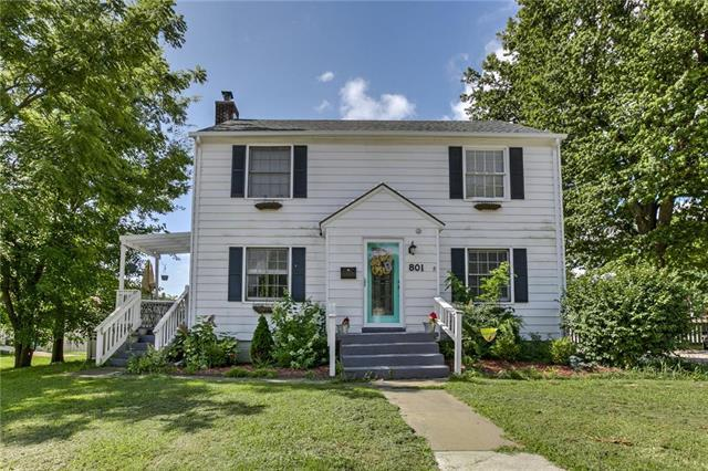 801 E Mechanic Street, Harrisonville, MO 64701 (#2177593) :: House of Couse Group