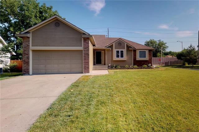 620 SW Lemans Lane, Lee's Summit, MO 64082 (#2177600) :: House of Couse Group