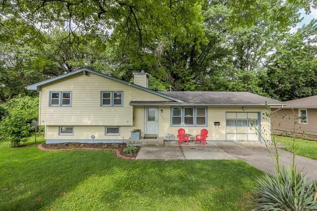 4904 N Spruce Avenue, Kansas City, MO 64119 (#2177638) :: Kansas City Homes