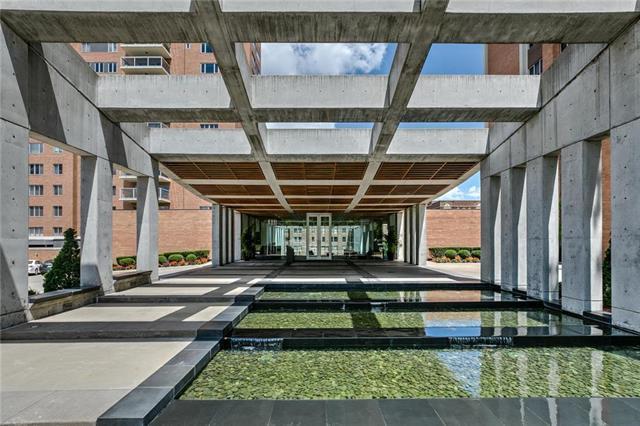 121 W 48th Street #505, Kansas City, MO 64112 (#2178678) :: Eric Craig Real Estate Team