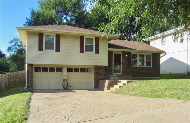 1608 NW 67th Street, Kansas City, MO 64118 (#2178734) :: Kansas City Homes