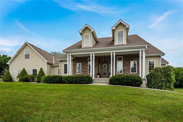 26815 S Blinker Light Road, Harrisonville, MO 64701 (#2178763) :: Eric Craig Real Estate Team