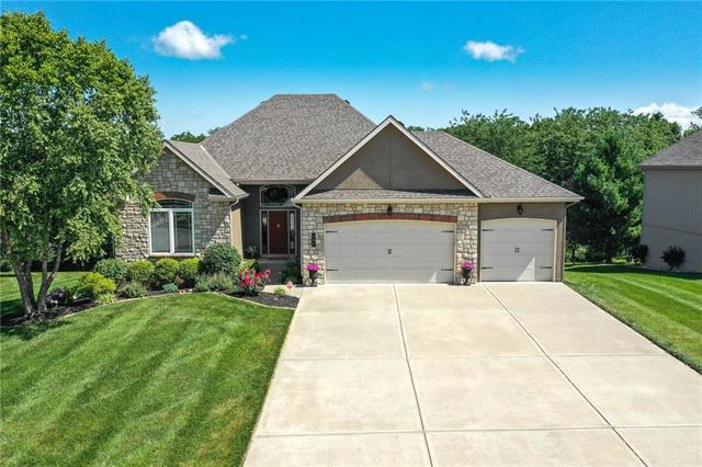 504 Indian Trail, Smithville, MO 64089 (#2178819) :: Eric Craig Real Estate Team