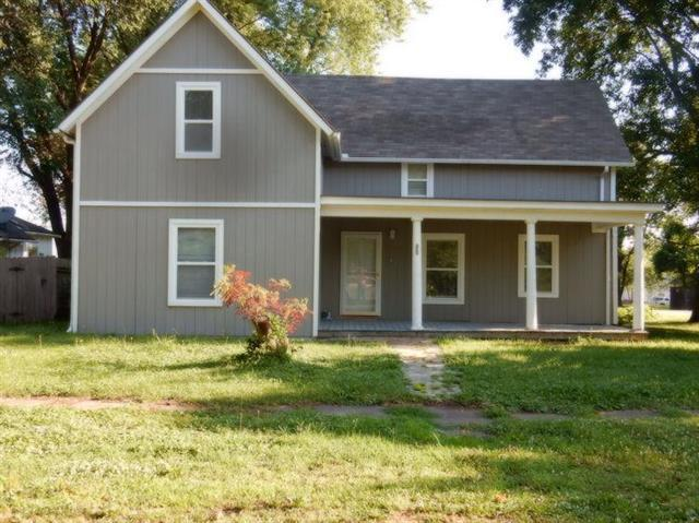 802 S Second Street, Louisburg, KS 66053 (#2178830) :: Eric Craig Real Estate Team