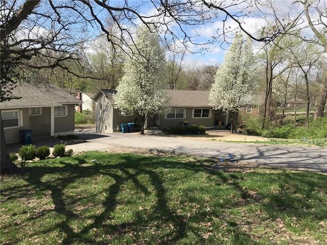 11425 E Lexington Avenue, Sugar Creek, MO 64054 (#2178872) :: NestWork Homes