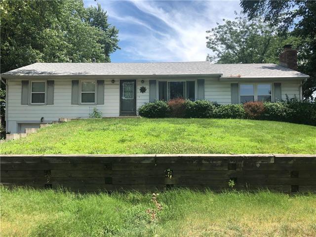6618 NE Ridgeway Avenue, Kansas City, MO 64119 (#2178876) :: NestWork Homes