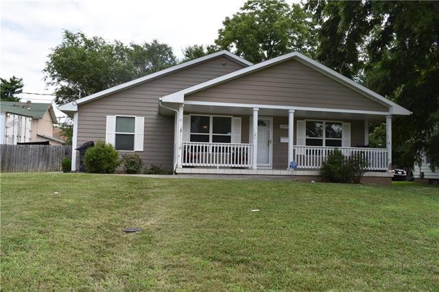 2755 N 22nd Street, Kansas City, KS 66104 (#2178887) :: NestWork Homes