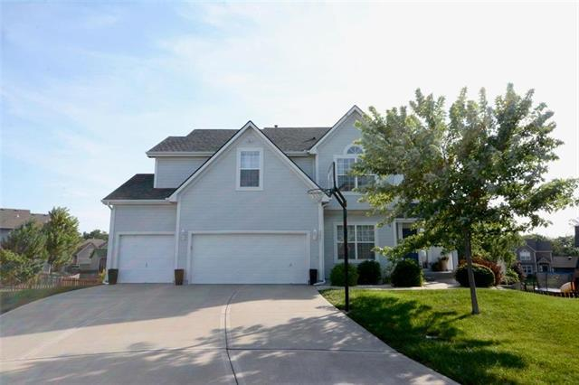 2221 SW River Spring Court, Lee's Summit, MO 64082 (#2178934) :: Kansas City Homes