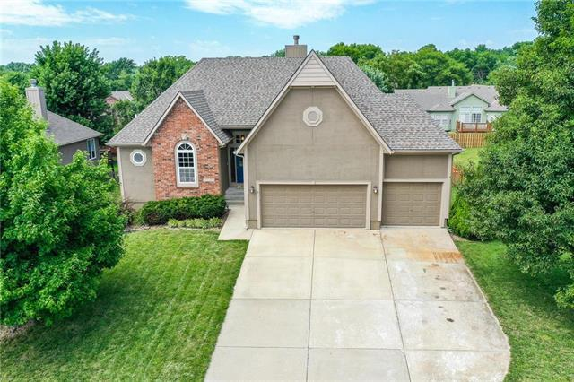 20886 Poplar Court, Spring Hill, KS 66083 (#2178939) :: Eric Craig Real Estate Team
