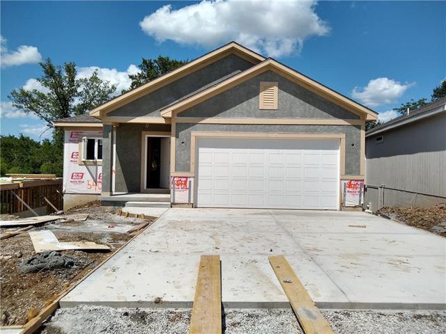540 NW 110th Terrace, Kansas City, MO 64155 (#2178987) :: Dani Beyer Real Estate