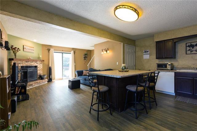 107 NE Churchill Street, Lee's Summit, MO 64086 (#2179040) :: Kansas City Homes