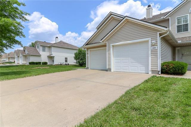 1403 SE Lexington Avenue, Lee's Summit, MO 64081 (#2179081) :: Kansas City Homes