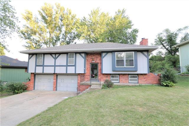 423 Kingsley Avenue, Liberty, MO 64068 (#2179086) :: Dani Beyer Real Estate