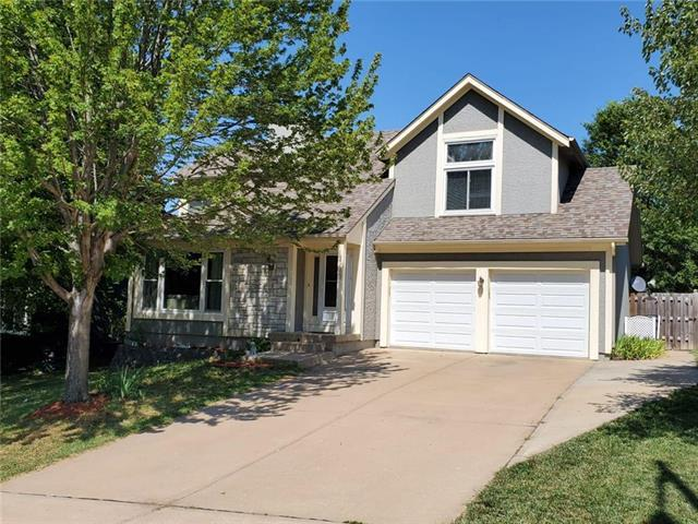 12403 S Arapaho Drive, Olathe, KS 66062 (#2179121) :: Kansas City Homes