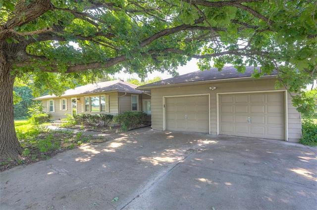 28735 W 151ST Street, Gardner, KS 66030 (#2179128) :: Kansas City Homes