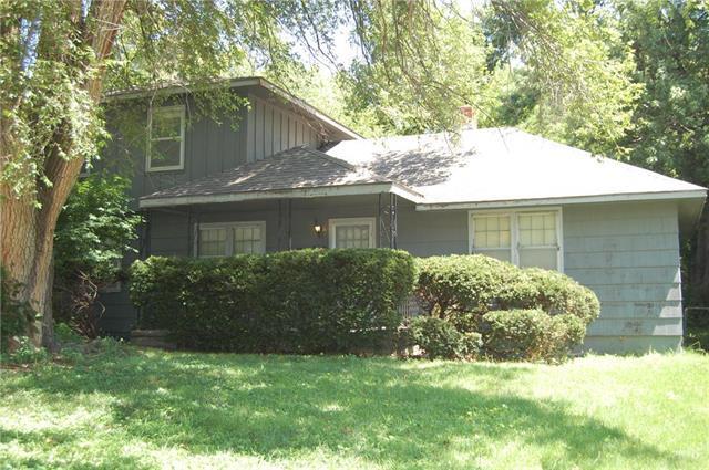 3423 S Home Avenue, Independence, MO 64052 (#2179156) :: Kansas City Homes