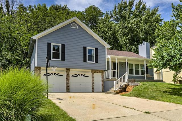 6492 NW Morrell Drive, Parkville, MO 64152 (#2179180) :: Kansas City Homes