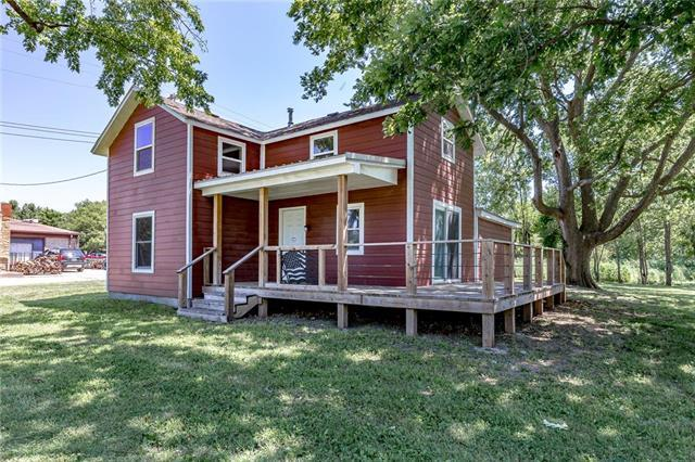 109 S Center Street, Williamsburg, KS 66095 (#2179200) :: House of Couse Group