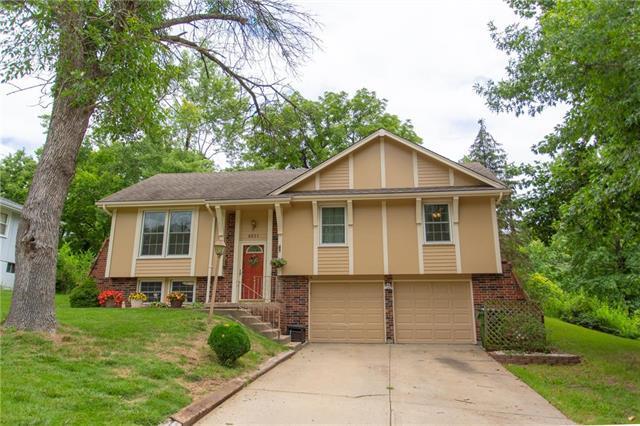6821 Vermont Avenue, Raytown, MO 64133 (#2179206) :: NestWork Homes