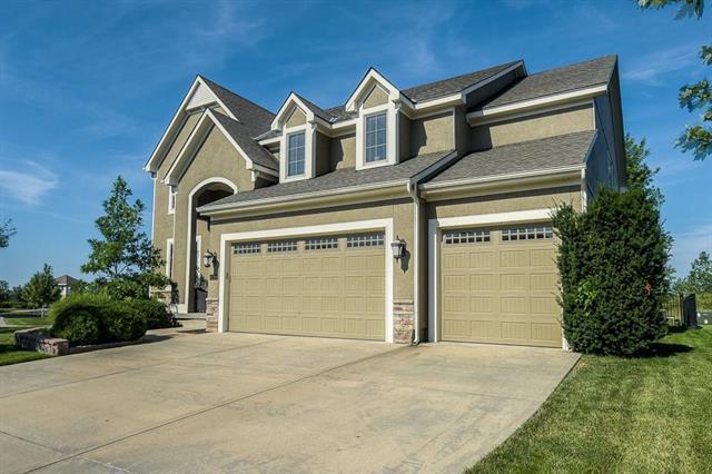 16396 S Britton Street, Olathe, KS 66062 (#2179208) :: House of Couse Group