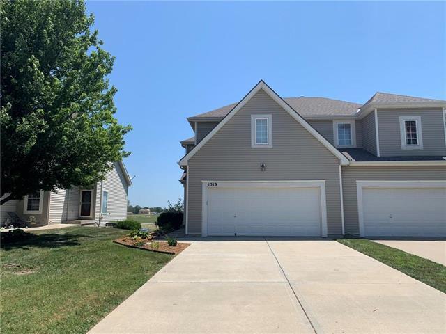 1319 N 158th Terrace, Basehor, KS 66007 (#2179223) :: Kansas City Homes