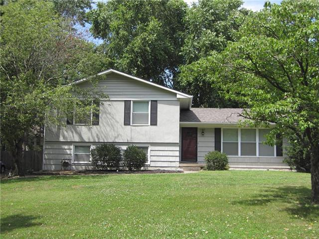 10612 W 48th Terrace, Shawnee, KS 66203 (#2179230) :: Kansas City Homes
