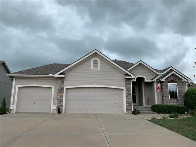 1850 Shannon Drive, Liberty, MO 64068 (#2179368) :: Dani Beyer Real Estate