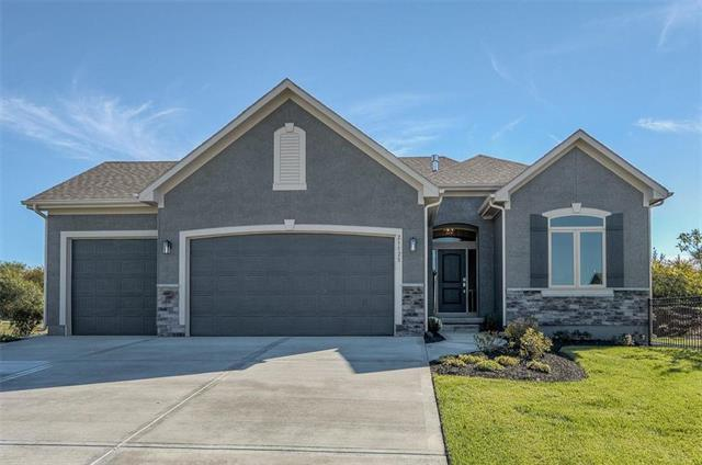 21306 W 190th Terrace, Spring Hill, KS 66083 (#2179436) :: House of Couse Group