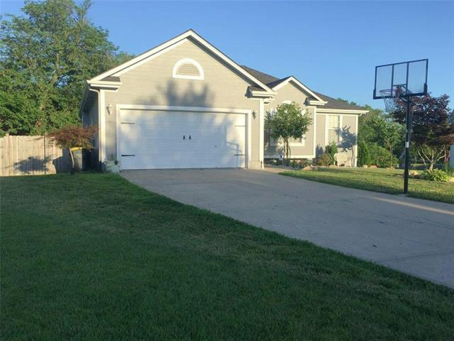 703 Spruce Drive, Greenwood, MO 64034 (#2179504) :: No Borders Real Estate