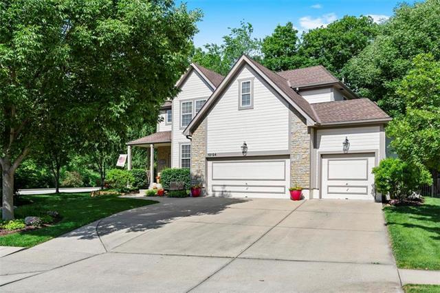 12124 Grand Avenue, Kansas City, MO 64145 (#2179508) :: No Borders Real Estate