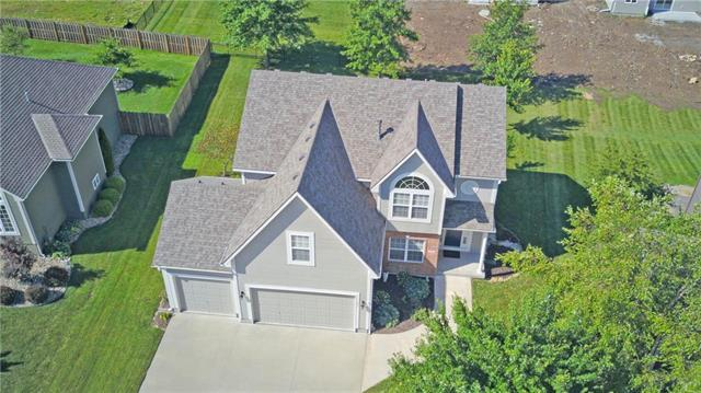 604 SW Gentry Lane, Lee's Summit, MO 64081 (#2179515) :: No Borders Real Estate