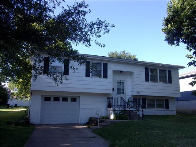 508 E Osage Street, Paola, KS 66071 (#2179976) :: Kansas City Homes