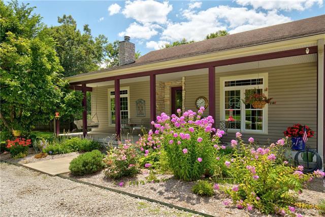 3837 Indiana Road, Pomona, KS 66076 (#2180011) :: House of Couse Group